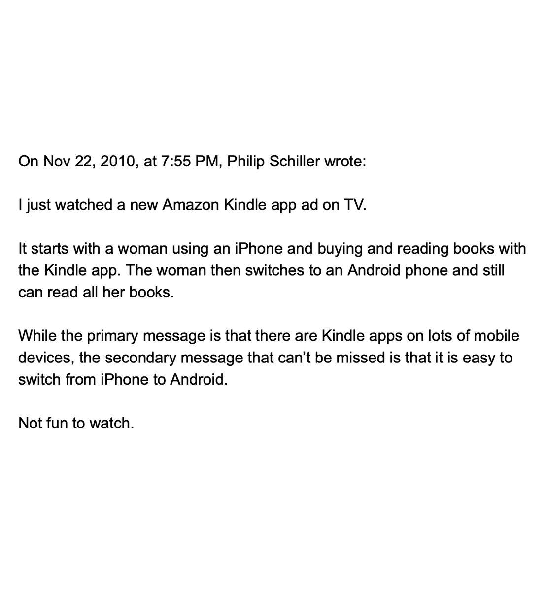 """Переписка Стива Джобса и Фила Шиллера на тему """"давайте заставим Амазон использовать нашу платежную систему"""", датированная 22 ноября 2010го. Появилась, разумется, из антимонопольного дела.Какой же жесткий тип был Джобс, а? twitter.com/TechEmails/status/1438"""