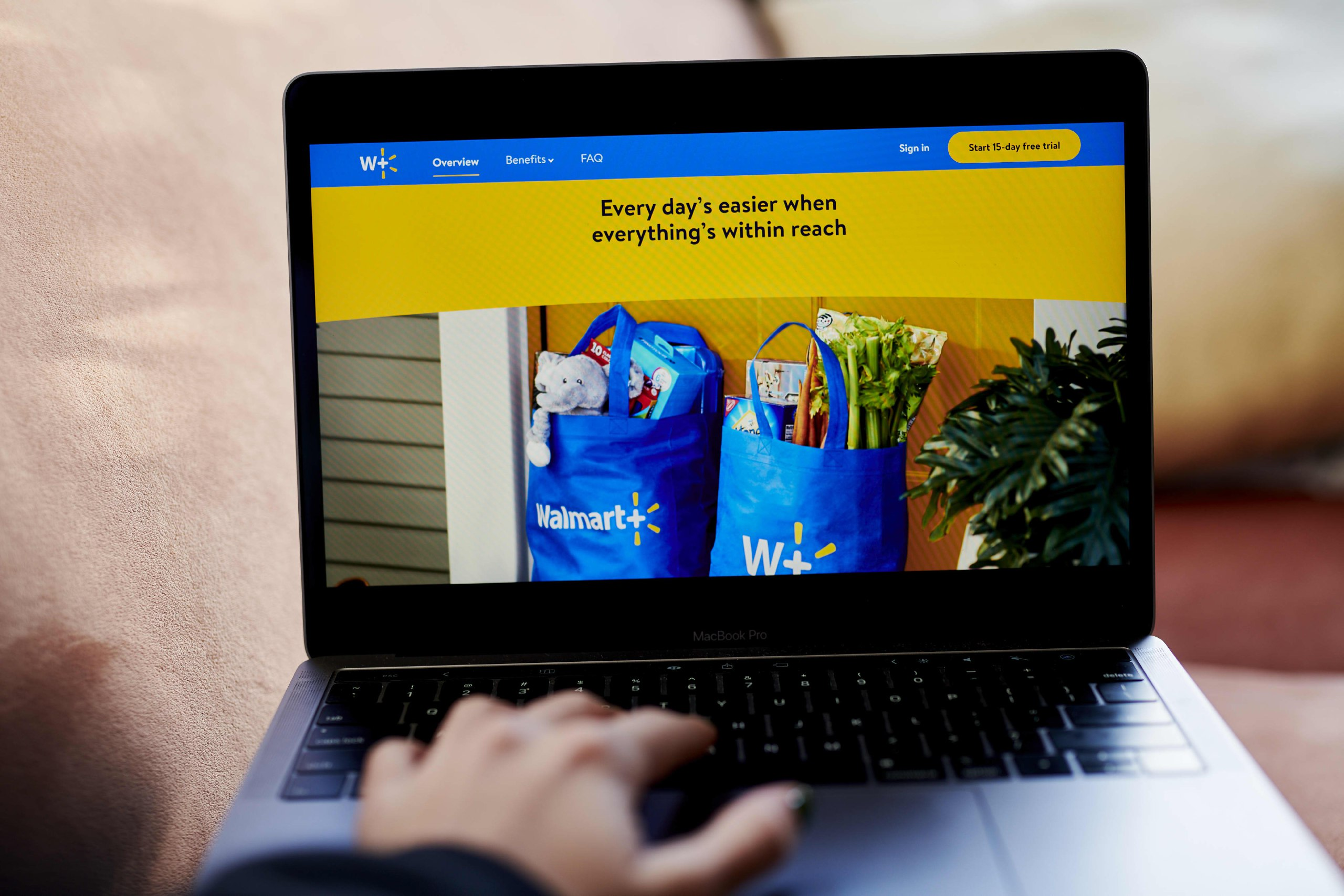 Небольшая новость про подписки в США: вы слышали что-нибудь про подписку Walmart+? Это такой почти полный клон изначального Amazon Prime (это про быструю и приоритетную доставку, не про видео), он набрал уже 32 милиона пользователей. При том по опросу 86%